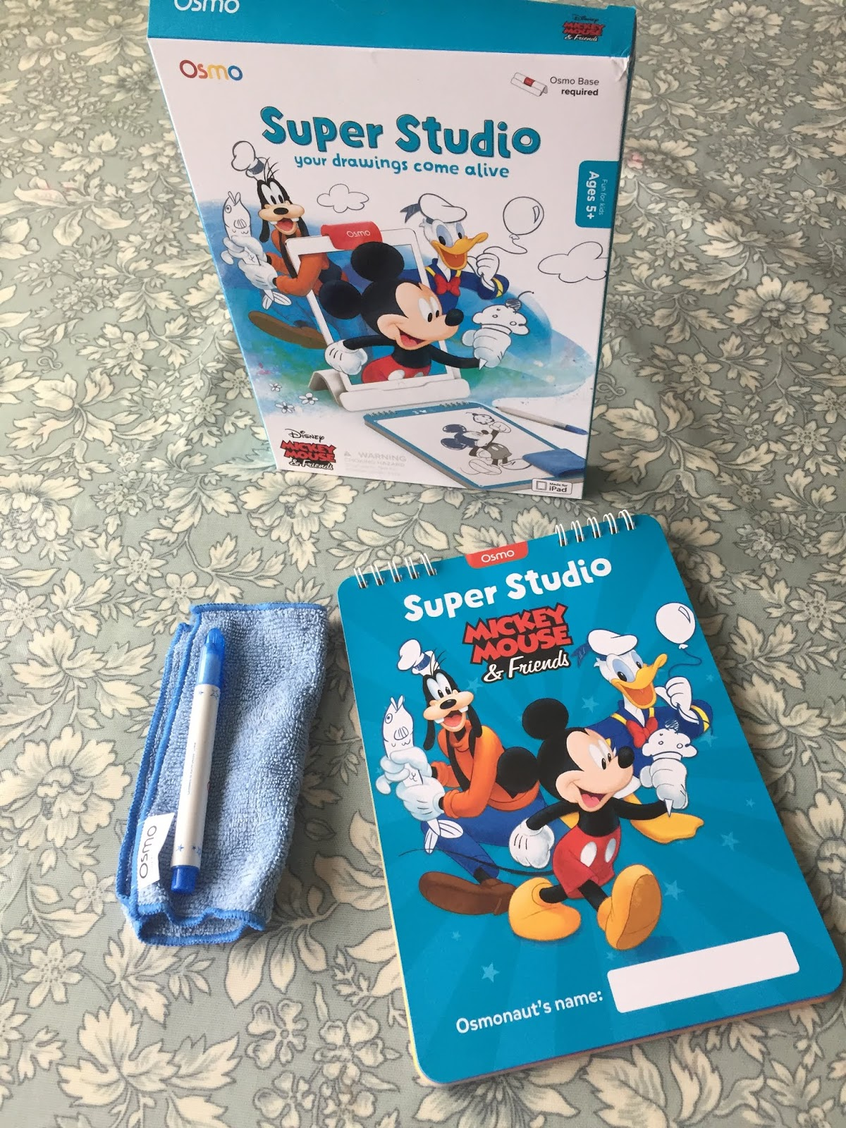OSMO: Super Studio Mickey Mouse and Friends - Review | Tech Age Kids | Technology for Children