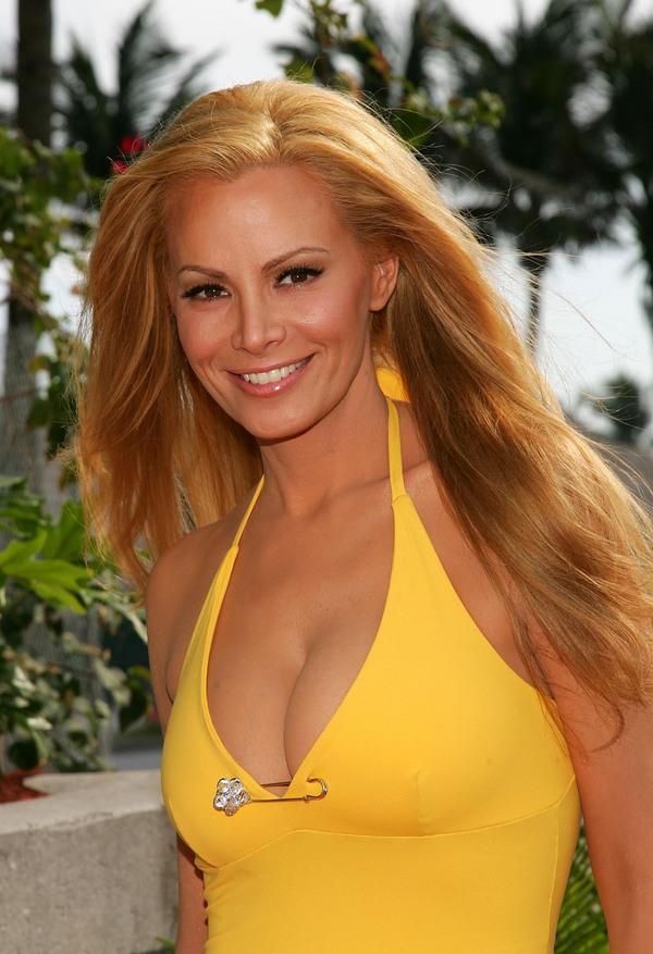 Cindy margolis hot pics