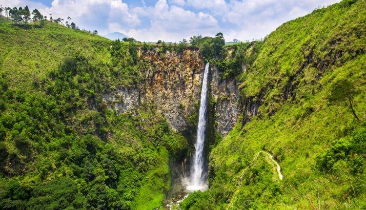 Daftar Air Terjun Tertinggi di Sumatera