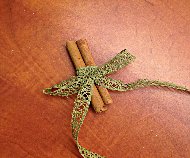 DIY Cinnamon sticks