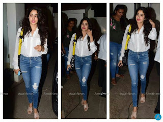 Jhanvi Kapoor in jeans, Jahnvi Kapoor stylish looks, janhvi Kapoor in jeans top, janhvi Kapoor new looks, janhvi Kapoor Airport looks, janhvi Kapoor cute hai, new comer, beautiful girls, Sridevi daughters, dhadak actress, dhadak ki heroine, जान्हवी कपूर के स्टाइलिश लुक्स, जान्हवी ने पहनी ऐसी जीन्स, जान्हवी के टॉप