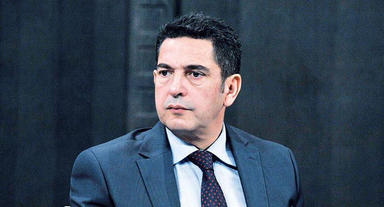 أمزازي يفشل في ثني النقابات عن الإضراب ويستعين بالمتدربين لتعويض المحتجين