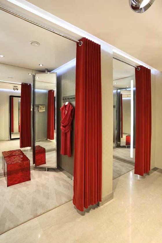 Fitting Room Designs For Retail: Specialty Store Services