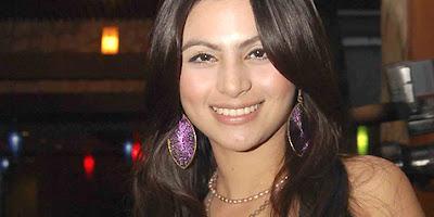Biodata Asha Shara berperan sebagai Lita
