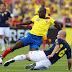 Santiago Arias examinó a los delanteros de Ecuador