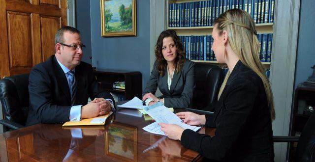 القانوني واستعمال اللهجة العامية