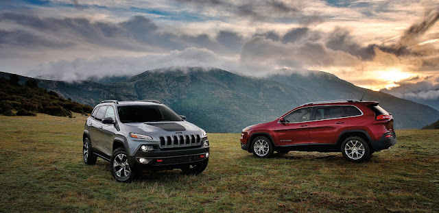 2017 Jeep Cherokee Trailhawk and Latitude: Image - Jeep
