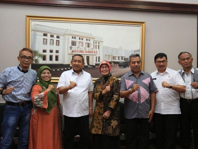 Dewan Pendidikan Kota Bandung  Diminta Turut Menyosialisasikan PPDB 2019