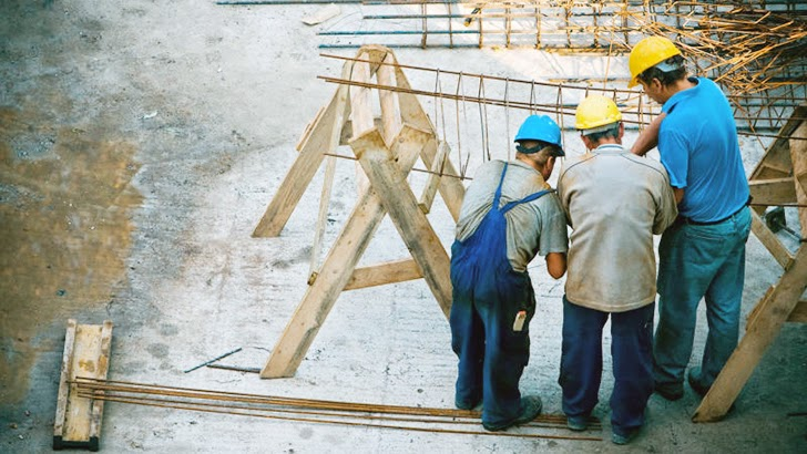 HOW TO MANAGE CONSTRUCTION DISPUTES TO MINIMIZE SURETY AND