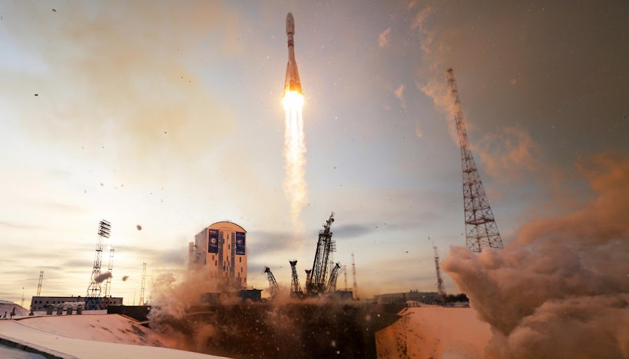 Роскосмос підтвердив втрату зв'язку із супутником «Метеор-М»