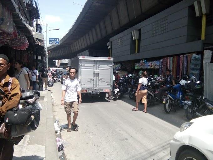 Pasar Pagi ASEMKA Surganya Pedagang Grosiran