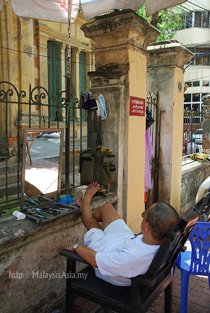Old Man in Hanoi