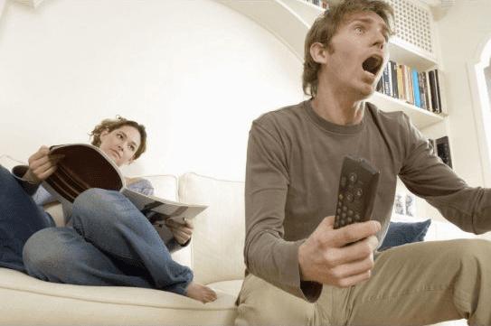 Beberapa Kebiasaan Yang Dilakukan Di Media Sosial Dapat Merusak Keharmonisan Rumah Tangga