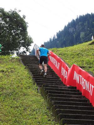 allenarsi con le scale per la corsa