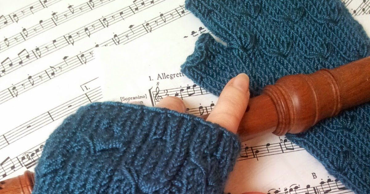 Margarete Fingerless Gloves