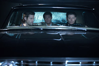 "Jared Padalecki as Sam Winchester, Misha Collins as Castiel, Jensen Ackles as Dean Winchester in Supernatural 12x12 ""Stuck in the Middle (With You)"""
