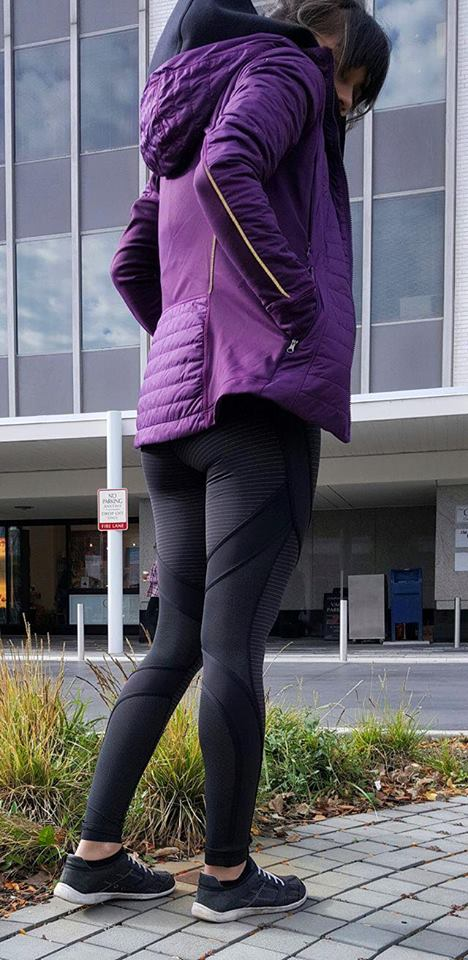 lululemon first-mile-jacket tech-tight