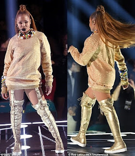 Photos from Janet Jackson's sexy and electrifying performance at the Billboard Music Awards 4