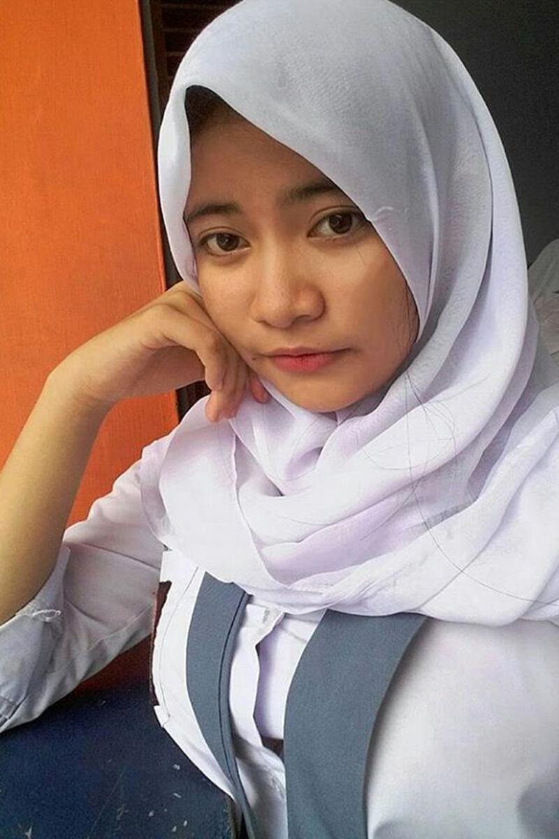 Siswi Jilbab SMA Cantik cantik