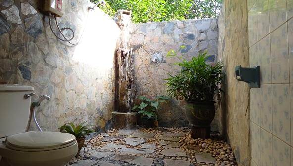 Desain Kamar Mandi Sederhana Dengan Batu Alam Rumah Joglo Limasan Work