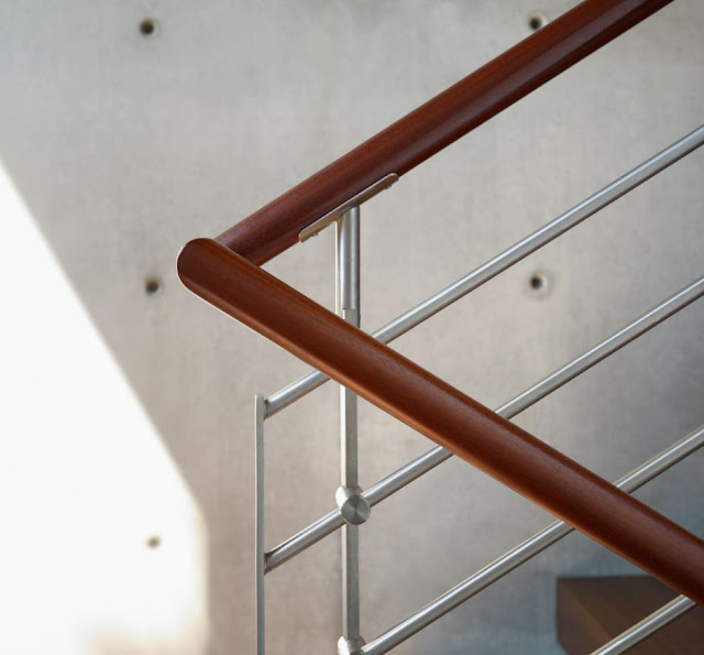 Wooden railing in the Mandeville Canyon Residence