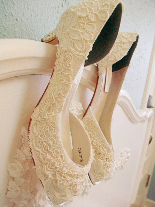 Simple Lace Wedding Shoes
