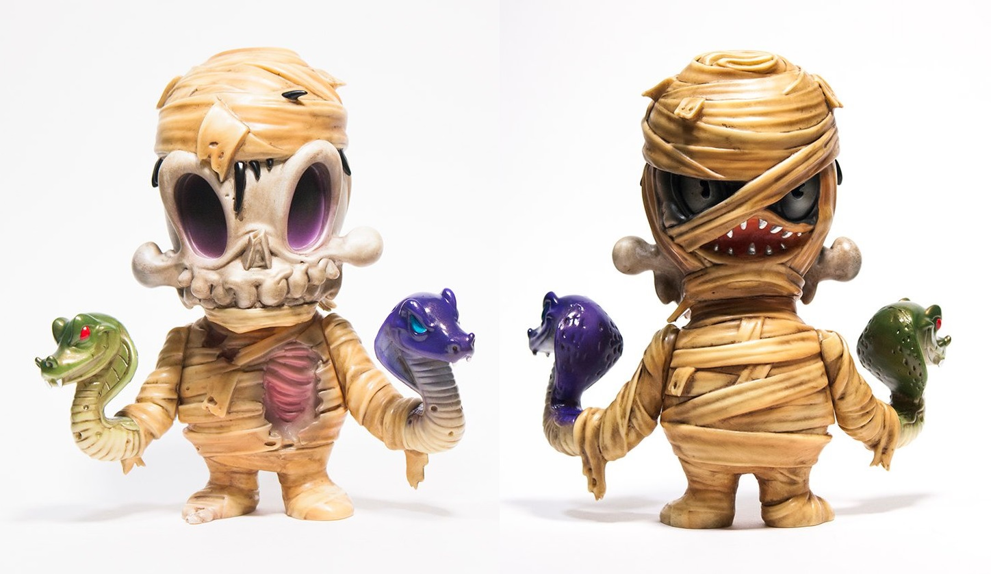 The Blot Says Orion The Mummy Vinyl Figure By Brandt Peters X Unbox Industries