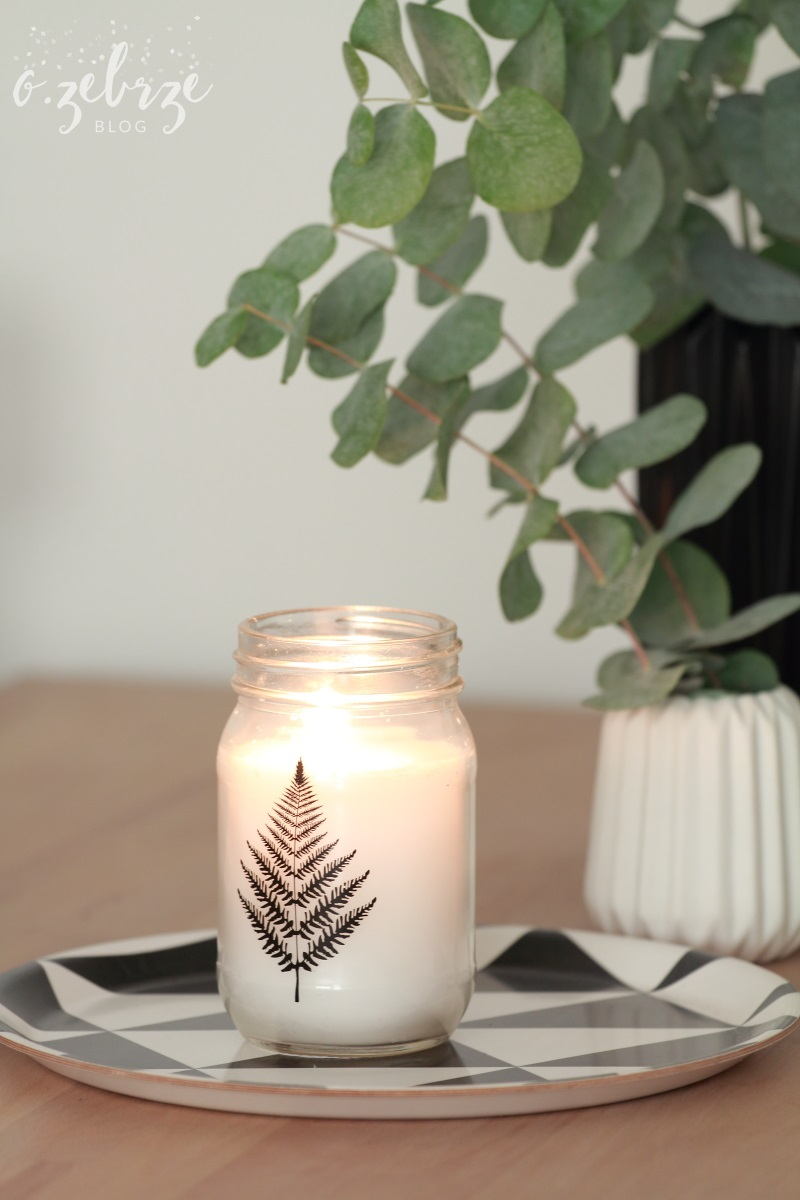 świecznik z liściem