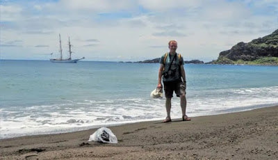 Lumpur Aneh Muncul Di Pulau Yang Baru Terbentuk