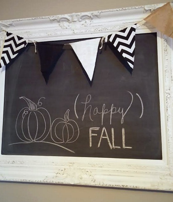 DIY chalkboard for an empty frame at DIY beautify