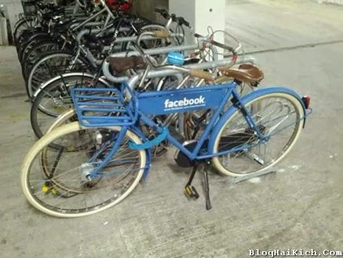 Xe đạp Facebook