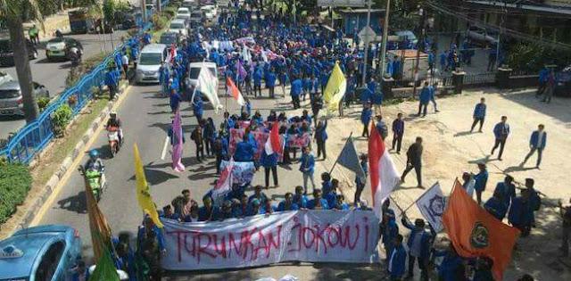 Dari Riau, Ribuan Mahasiswa Bergerak Tuntut Jokowi Mundur