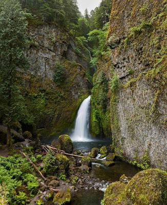 Waclella Falls in Oregon
