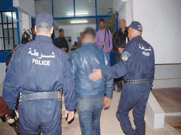 توقيف 25 شخص محل أمــر قضائي  بالشلف