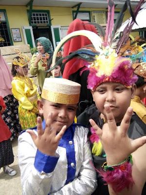 Pemkab Bone Perkenalkan Bhinneka Tunggal Ika Pada Anak Usia Dini Lewat Karnaval
