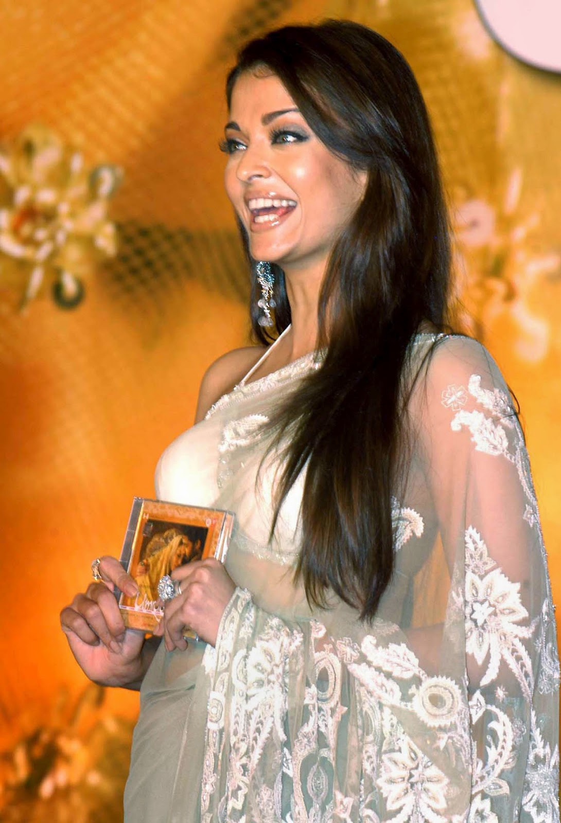 Aishwarya Rai Hot And Sexy Images