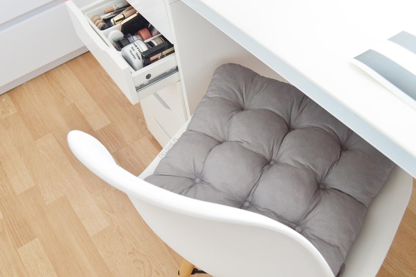 ikea haul toaletka poduszka na krzesło