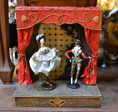 petit théâtre colombine et arlequin - maison du Roy- création cathy Vagnon