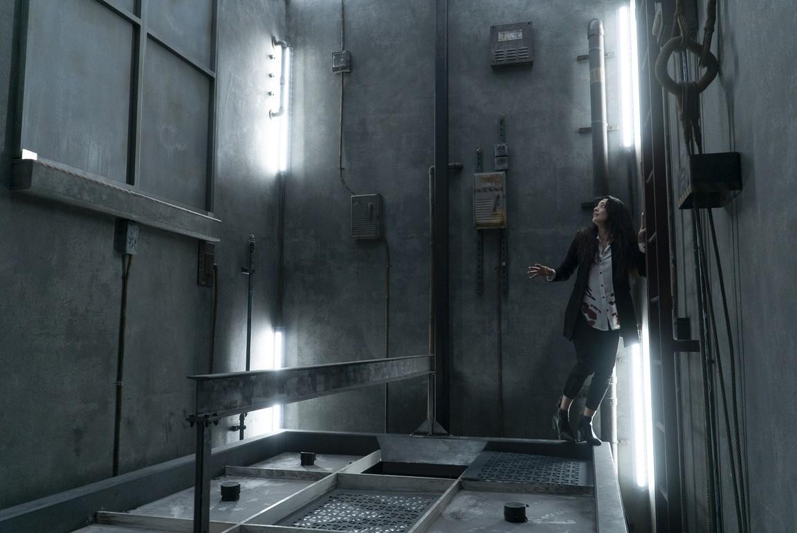 Into The Dark - Season 1 Episode 05: Down