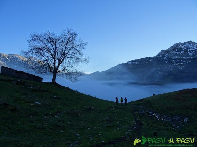 Bajando Piegüé hacia un mar de nubes