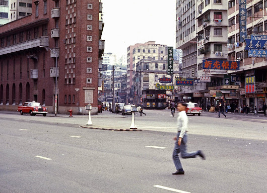 10 Photographs at a Time: Photos 21-30 (Hong Kong 1969, Part 1)