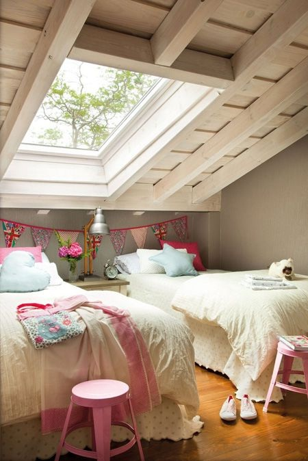 Spanish Holiday House Twin Beds for Kids