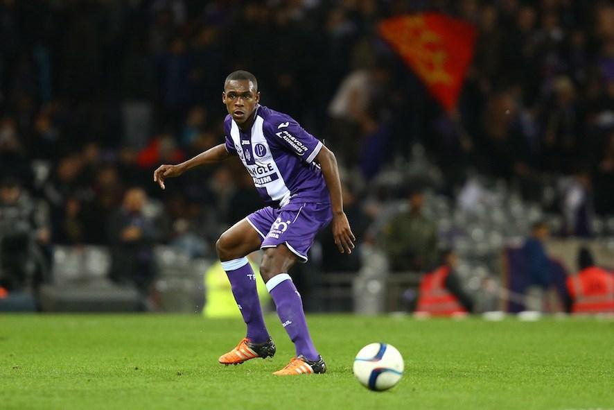 Issa Diop Mau Bermain Bersama Mbappe di Tim nasional Prancis