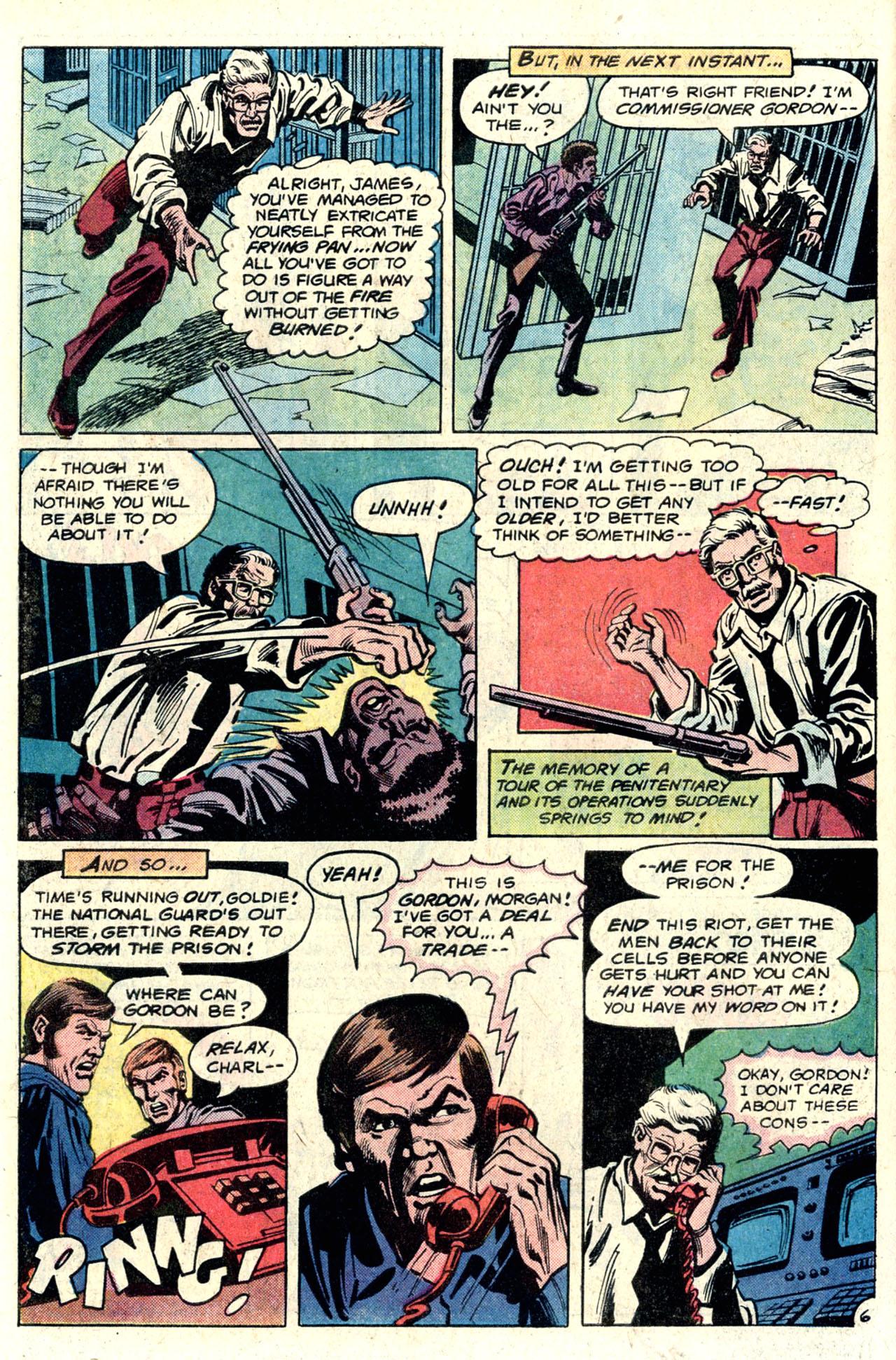 Detective Comics (1937) 489 Page 17
