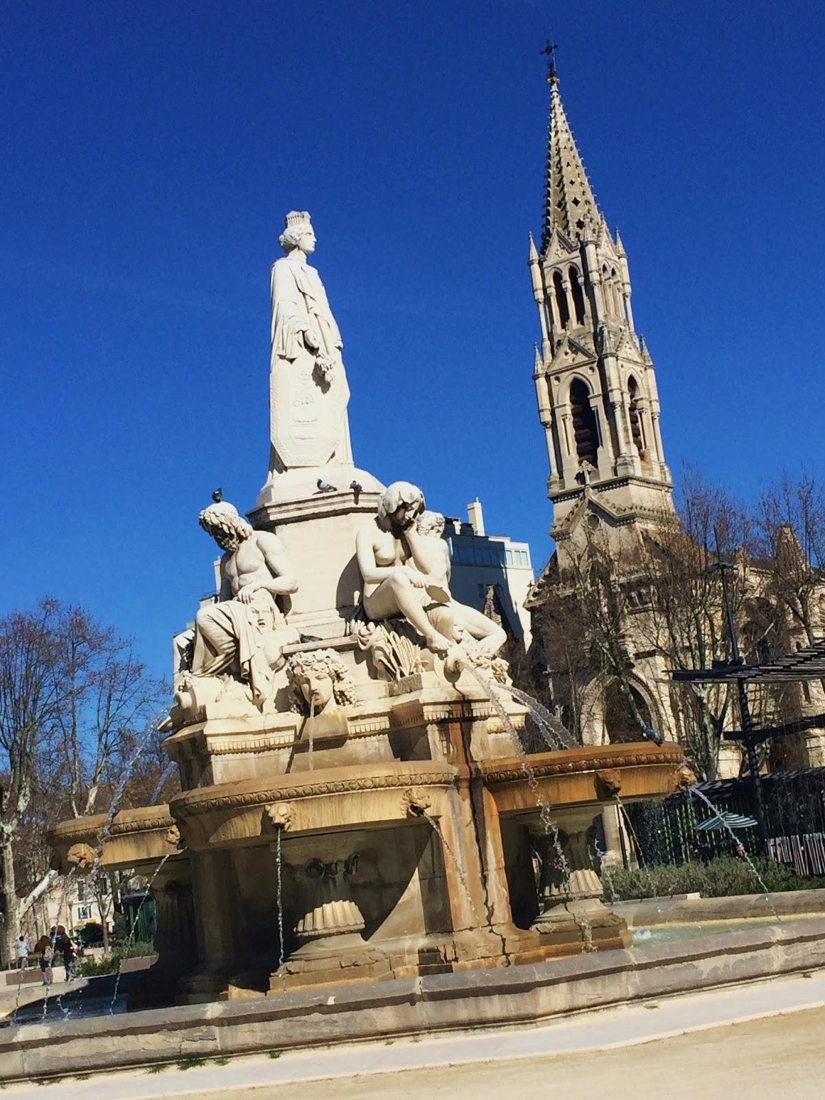 Esplanade Charles de Gaulle Nîmes Ce quil faut savoir TripAdvisor