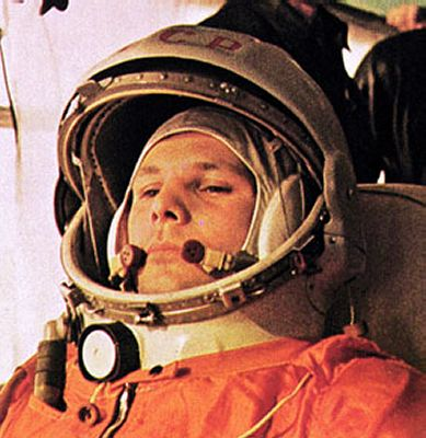 how was responsible for yuri gagarin in space flight - photo #3