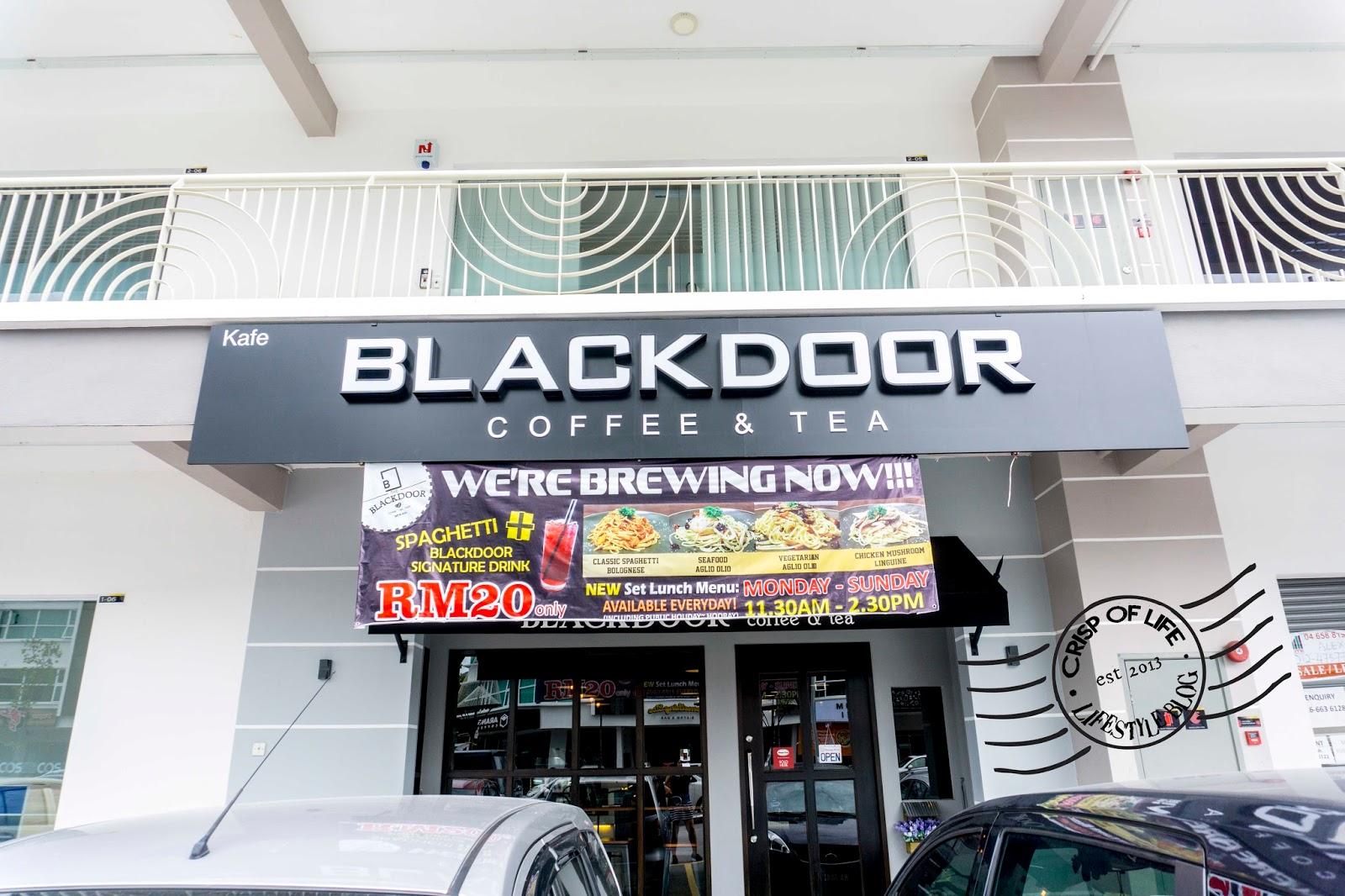 BlackDoor Cafe Arena Curve