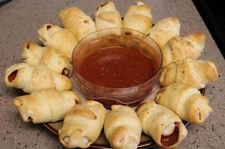 Crescent Pepperoni Rollups