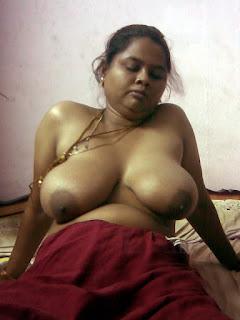 Mohini Aunty ka saree utha k choda or blouse khol k boobs ko masla