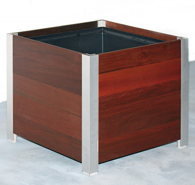 glass liners, tray liners, bed liners, bucket liners, truck liners, plant liners, table liners, fireplace liners, basket liners, polycarbonate liners, tank liners, cabinet liners, box liners, rug liners, container liners, pot liners, shelf liners, plastic liners, pipe liners, on wooden planters liners